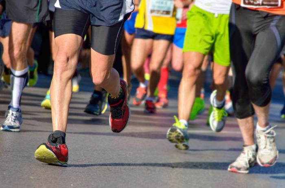 people-running-a-marathon